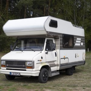 Hymer CAmp 55 Lucy Oldtimer ALkoven Wohnmobil