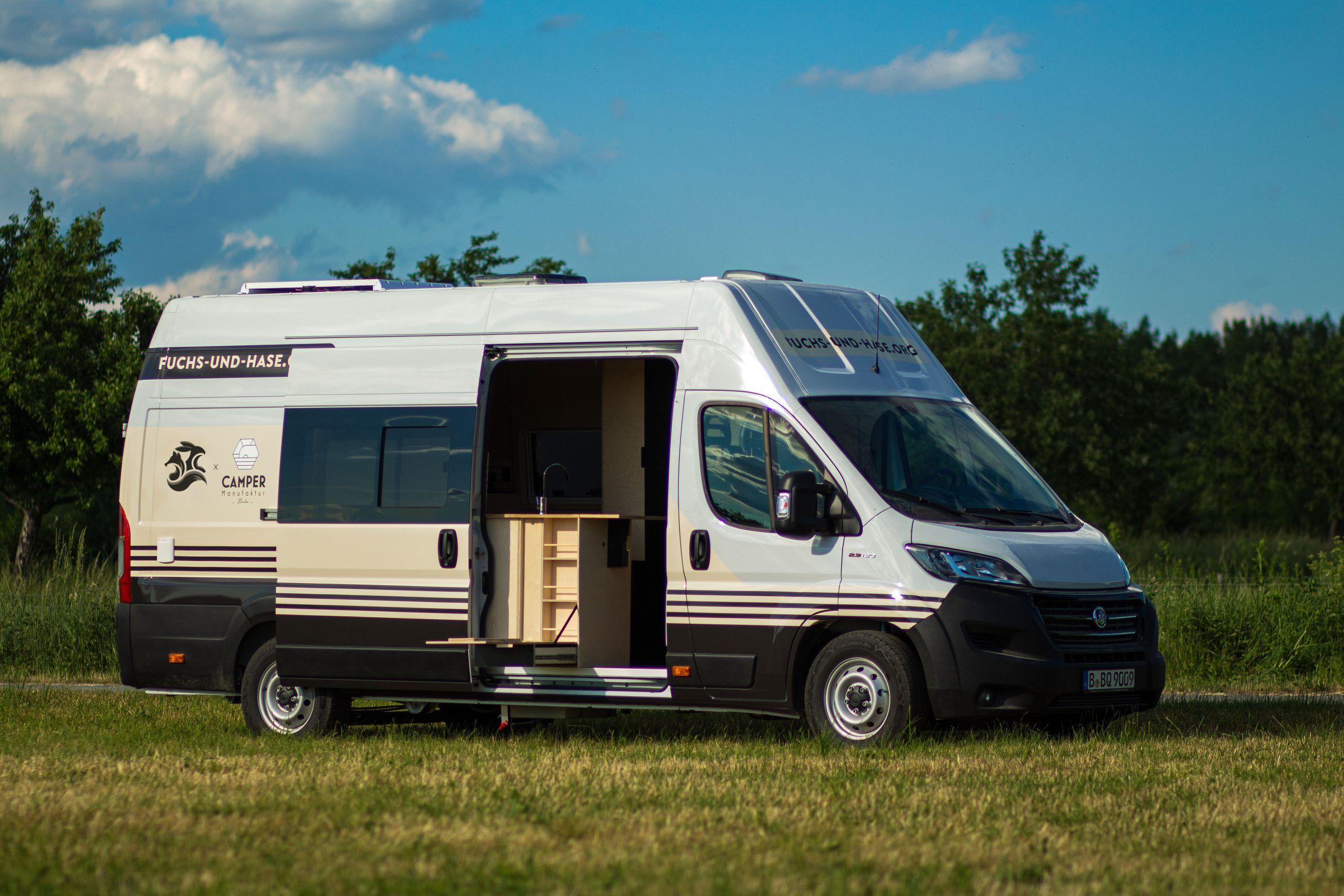 Wildfuchs Camper Van von Fuchs & Hase